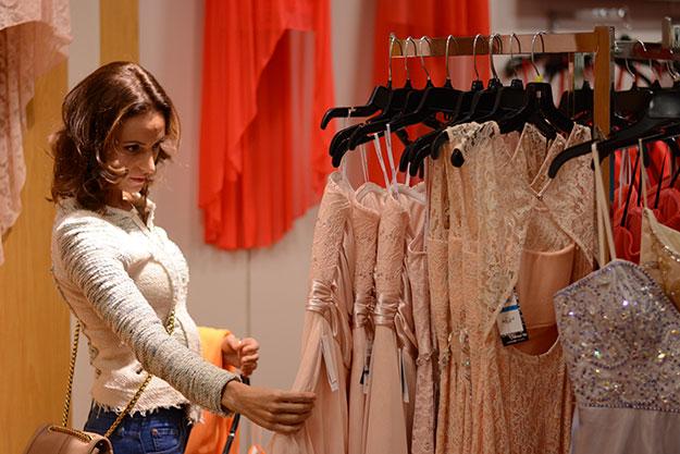 راهنمای خرید لباس مجلسی زنانه