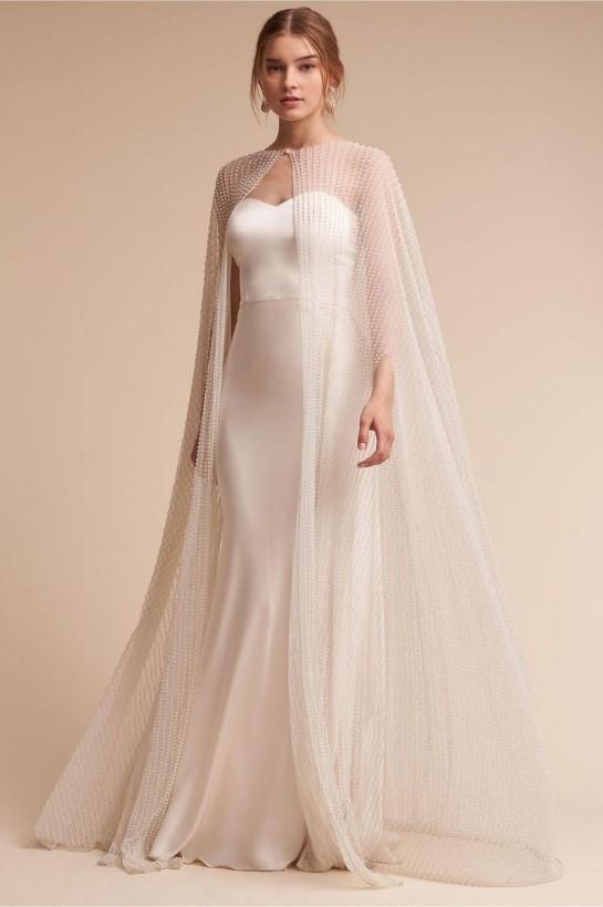سفید مایل به پوست پیازی رنگی برای لباس عروس