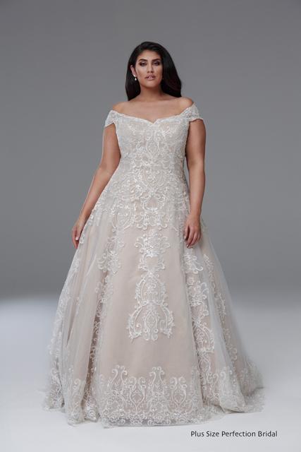 لباس عروس آف شولدرز برای افراد چاق